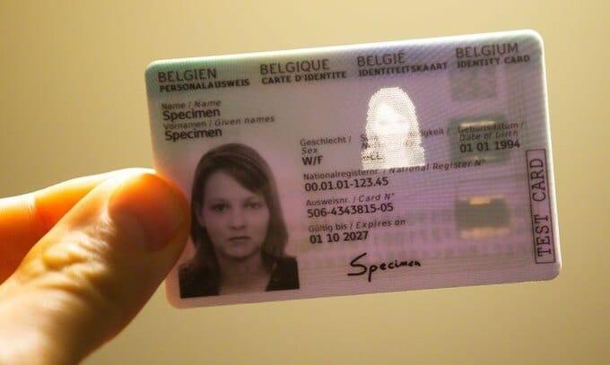 Thẻ căn cước điện tử (e-ID) đang được nhiều nước châu Âu sử dụng